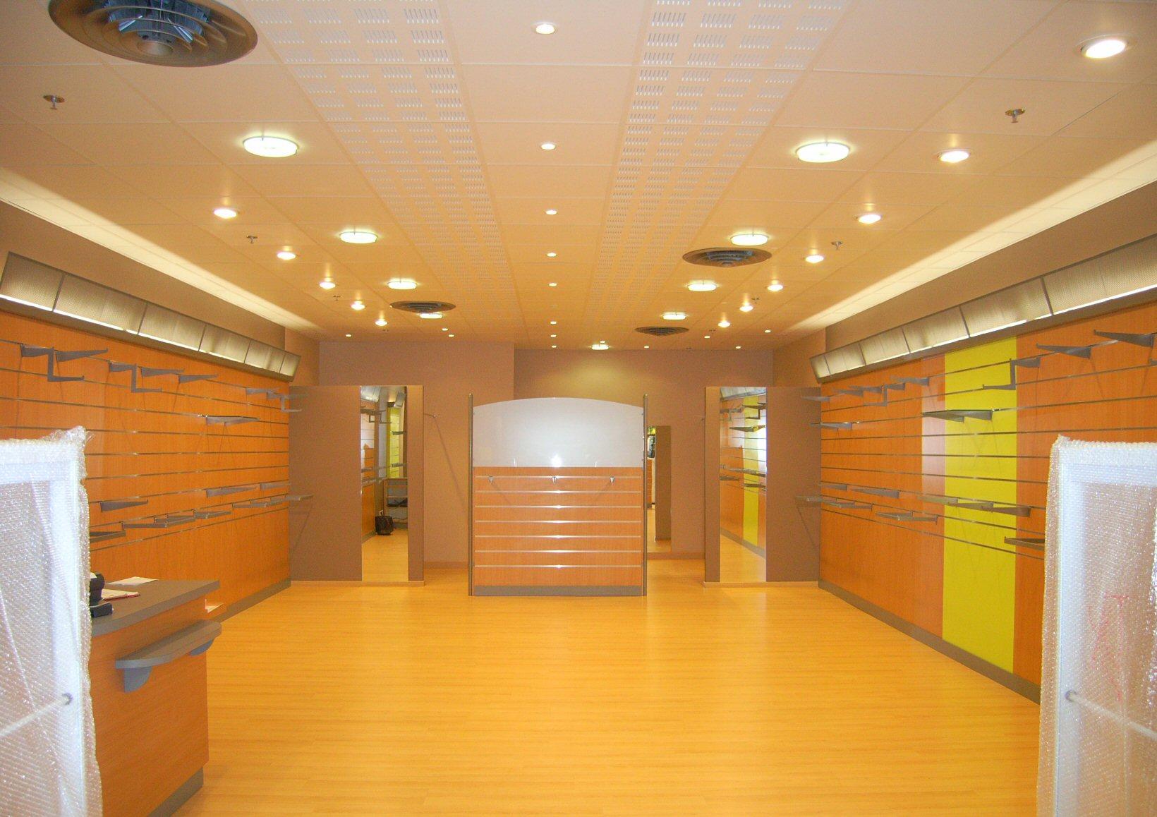 Aménagement et décoration d'un magasin à Pau (64) - Architecte Jean-Marc Ritondo